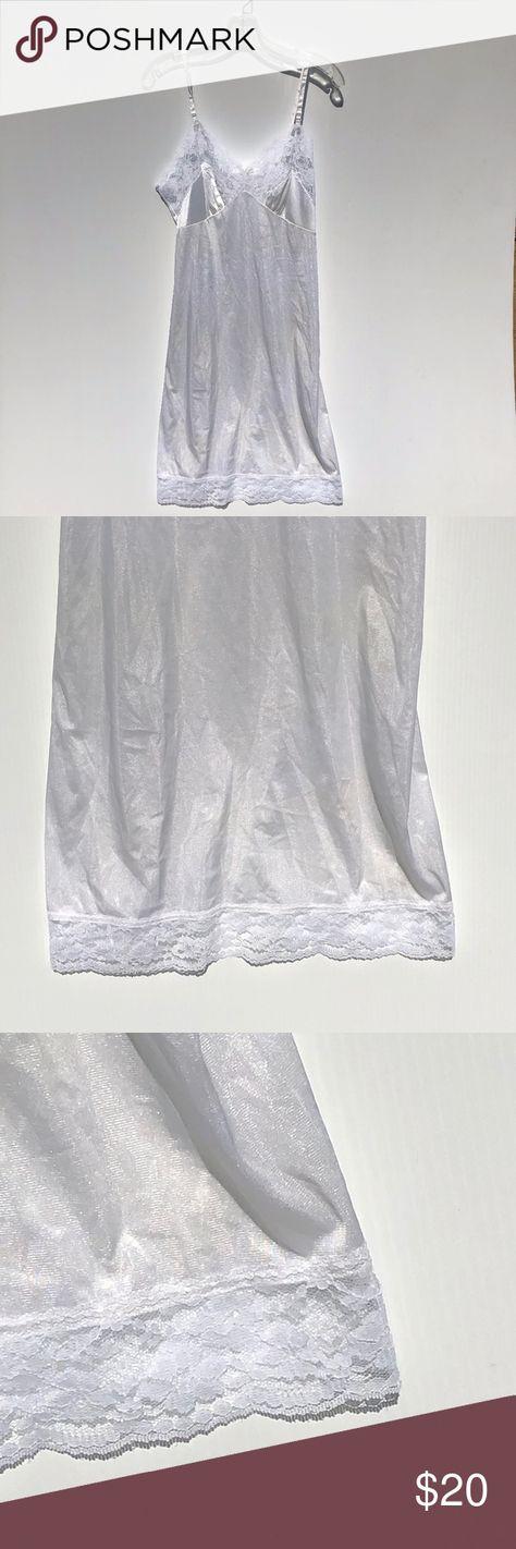 Vintage Sliperfection White Full Slip Sz 38 Lace Vintage Sliperfection  White Full Slip with Lace Detailing   Sz 38  Chest 15