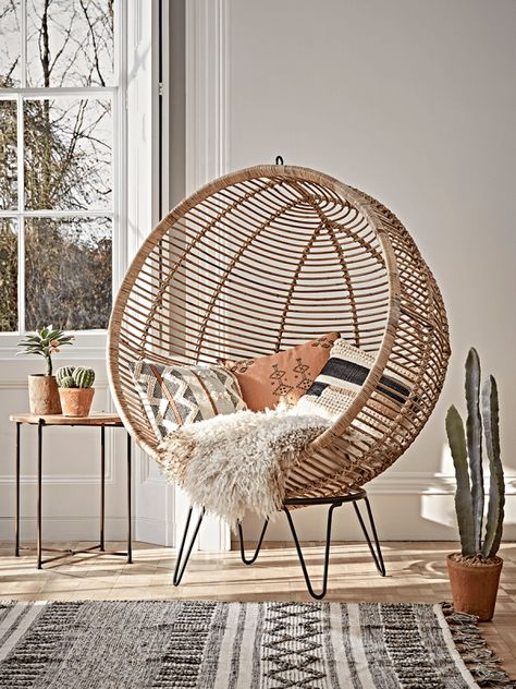 Round Rattan Cocoon Chair Luxury Modern Occasional Chairs Modern Luxury Seating Modern Home Furniture - Modern Chair - Ideas of Modern Chair Bedroom Chair, Room Ideas Bedroom, Decor Room, Bedroom Decor, Bedroom Lounge Chairs, Cool Chairs For Bedroom, Comfortable Chairs For Bedroom, Bedroom Divider, Living Room Art