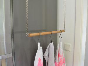 Diy Schwebender Handtuchhalter Aus Holz Mell Macht S Handtuchhalter Holz Handtuchhalter Handtuchhalter Badezimmer