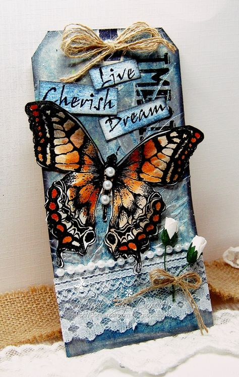 I have a tag to share today, I thought I needed some messy crafting . Parchment craft is not so messy. I have inked and . Atc Cards, Card Tags, Gift Tags, Gift Labels, Butterfly Cards, Butterfly Template, Butterfly Dragon, Monarch Butterfly, Etiquette Vintage