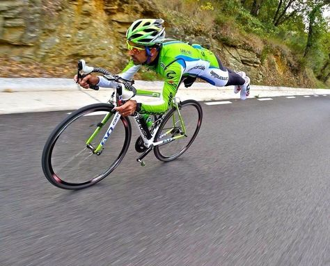 I can't bear to listen to him speak but Sagan can finish a race! Ha!