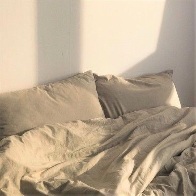 Follow Our Pinterest Zaza Muse For More Similar Pictures Instagram Zaza Muse Beige And White In 2020 Aesthetic Rooms Interior Bedroom