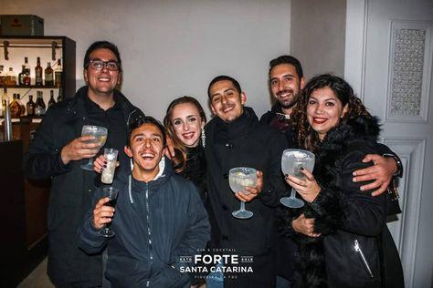 Uma Noite, Ano Novo e Uma Família Nova ❤️❤️ Obrigado Família por esta Noite Inesquecível que fizeram passar, será uma noite para Recordar e❤️ #onenight #newyear #newfamily #newyearnight  #night #party #fortesantacatarina #figueiradafoz #portugal #vscocam #vscoeurope #nofilter #noedit #portuga_a_gramas #portugalemclicks #pixeispt #aminhavisao #olhoportugues #visual_square #portugal_em_fotos #portugalcomefeitos #capture_pt #portugal_de_sonho #golden_focus #bomregisto