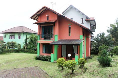villa 3 kamar blok j no 1 di lembang holiday villa lembang villa rh pinterest com au