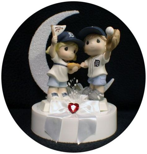 Someone spare $200 for a needless yet perfectly adorable cake topper?