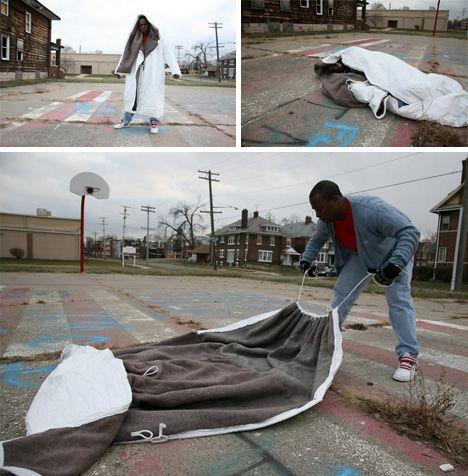 18 Sleeping Bag Coat Homeless Ideas Sleeping Bag Homeless Helping The Homeless