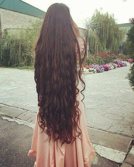 Pin By Nauvari Kashta Saree On Goddess Long Thin Hair Long Hair Styles Very Long Hair