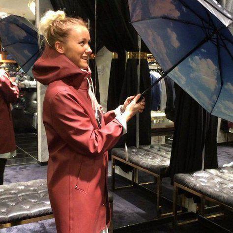 Fashionable rainwear with the Stutterheim raincoat for men and women