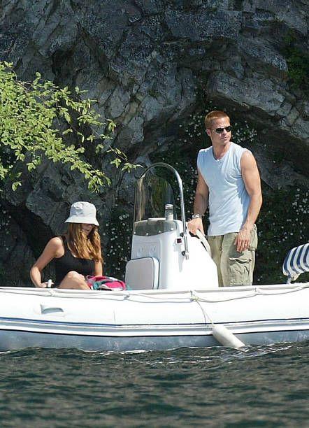Brad Pitt Jennifer Aniston Photos And Premium High Res Pictures Brad Pitt Jennifer Aniston Brad Pitt And Jennifer Brad Pitt