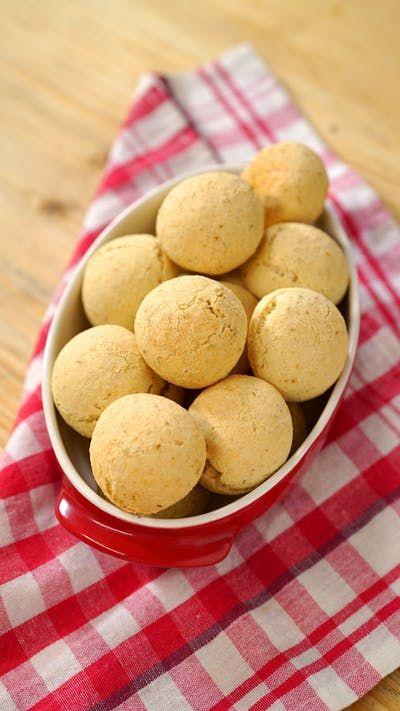 Pão de Queijo é sempre uma boa opção para o lanchinho da tarde, né? Melhor ainda quando é nutritivo e tem fibras e proteína.
