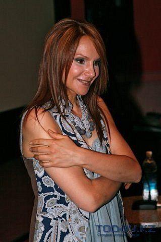 Aktrisa Lyudmila Artemeva Svaty 1 Foto Poisk V Google Aktrisy Pevicy Znamenitosti