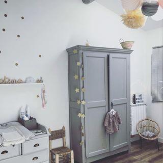 Decoration Rose Gris Et Jaune Pastel Pour Une Chambre De Petite