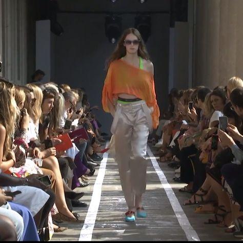 Blumarine SS 19 Fashion Show