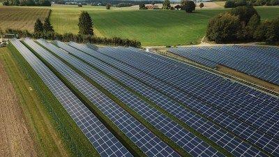 Excel Para Calculo Y Analisis De Instalacion Fotovoltaica Conectada A Red Blog Energias Renovables Y Tecnologia In 2020 Solar Projects Solar Solar Installation