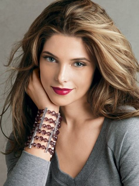 Ashley Greene I love her hair color - don't know if I could pull off blonde though...