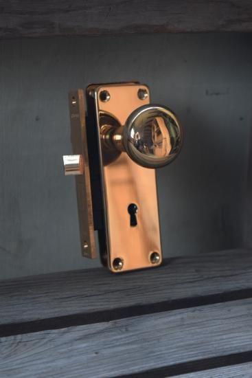 Showa 真鍮ドアノブ Bs40ミリ 銅色握り玉 直径50ミリプレート