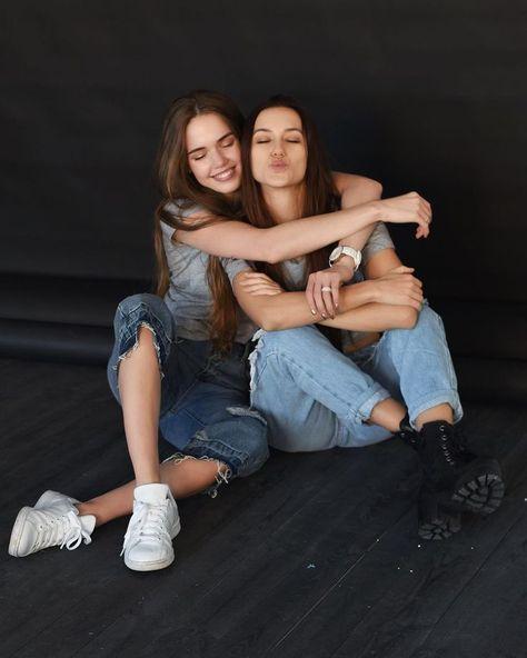 FOTOS TUMBLR AMIGAS #bestfriends#friends #melhoresamigas #amigas#amizade #amor #irmãdeoutramãe#inspiração #fotostumblr#fotosdeamigas