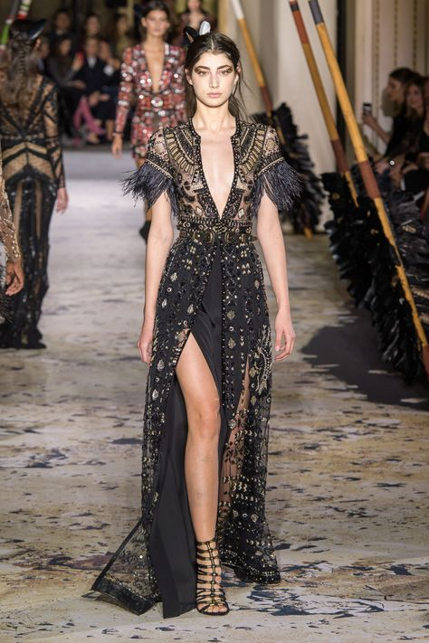 Murad Haute Couture Spring 2018 Runway See all the Zuhair Murad Haute Couture Spring 2018 looks from the runway.See all the Zuhair Murad Haute Couture Spring 2018 looks from the runway.
