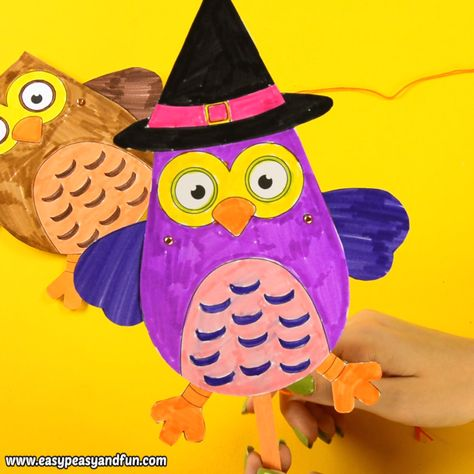 Print this movable owl puppet craft template - fall or Halloween version - and have a great time crafting with your kids. This is a great Halloween craft for kids to make, as it's both fun to make and to play with. One of the best Halloween craft ideas for this year.