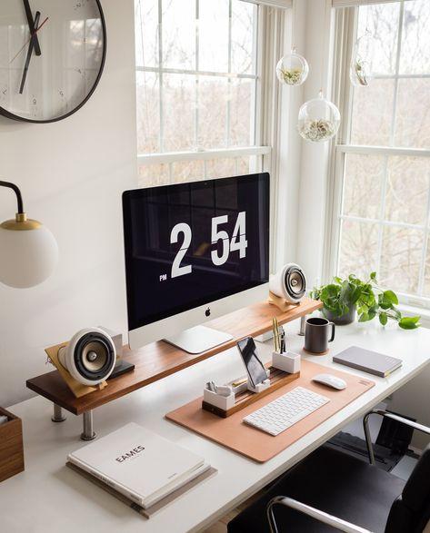 home office setup inspo from coronavirus quarantine 2020 Cool Office Space, Home Office Setup, Home Office Organization, Office Workspace, Home Office Design, Office Inspo, Computer Desk Setup, Gaming Room Setup, Imac Setup