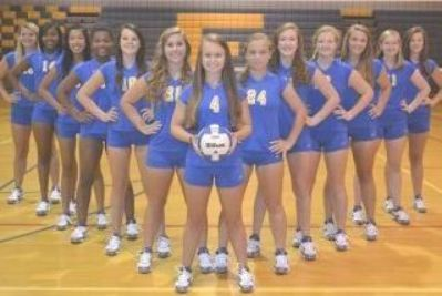 Cute Team Picture Volleyball Photography Volleyball Team Pictures Volleyball Team Photos