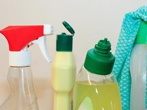 Von Glasreiniger bis Scheuermilch - längst nicht jedes Reinigungsmittel erfüllt seinen Zweck