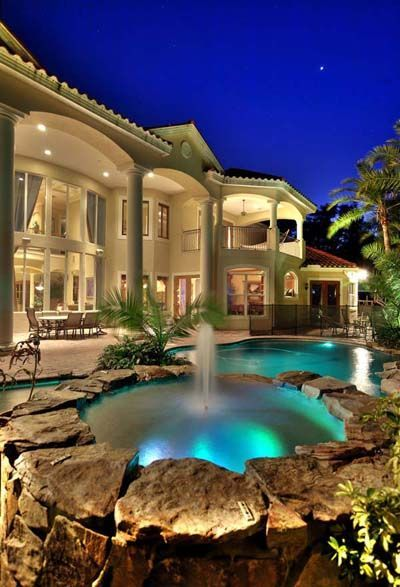 Modern Swimming Pool Designs Absolutely Nothing Is A Lot More Enjoyable Than Relaxing By A Stunning Pool And Luxury Homes Dream Houses Mansions Dream Mansion