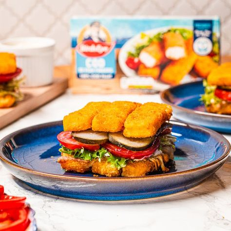 Who needs bread when you've got fish fingers? This Birds Eye Fish Finger Stack is the indulgent treat we've been waiting for! 🙌