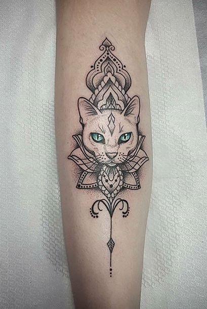 Pin Von Katie Raeder Auf Tattoo Ideas Mit Bildern Katzentattoo