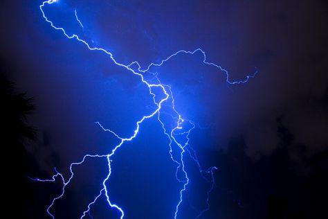 14. Blue lightning in Mesa.