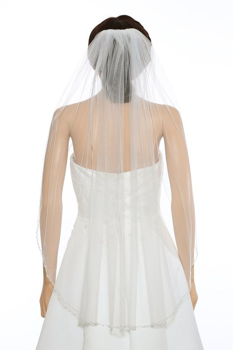 AIBIYI 2 Tier Lace Edge Bridal Veil with Comb AHL20
