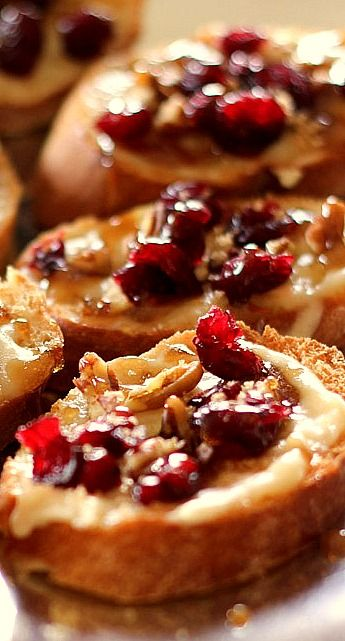 Cranberry Pecan Brie Crostini with Maple Sugar Glaze