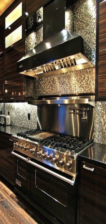 Cucine Moderne Strane.Pin Di Roberto Alberico Su Cose Strane Cucine Di Lusso