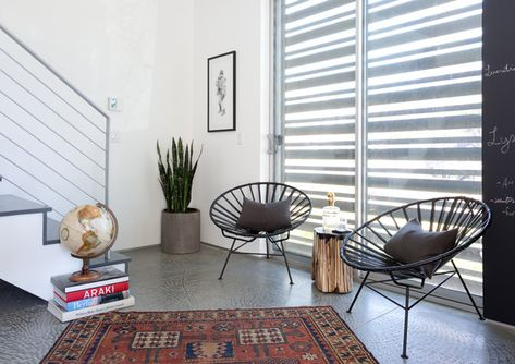 Sweet Seating - Pierce Brown's Bachelor Pad Brings The Drama To A Cali Cool Space - Photos