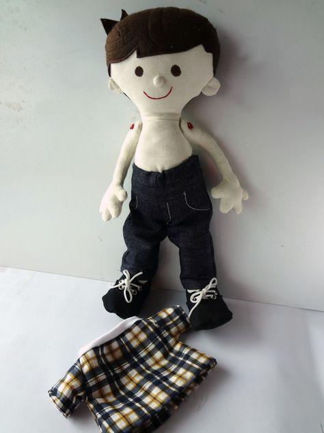 boneco de pano troca a roupinha