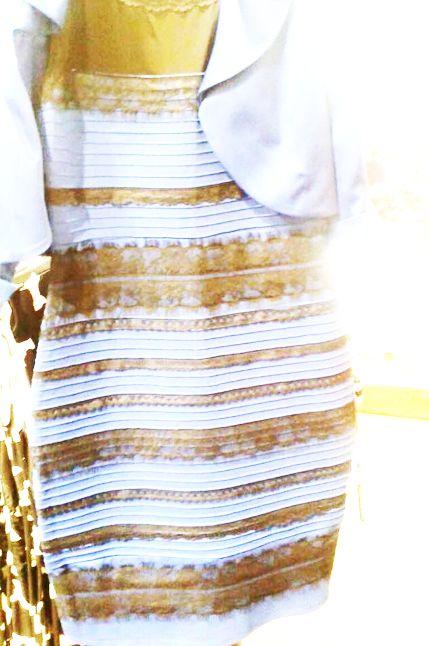 d823a22de1ba Vestito blu nero bianco dorato – Abiti alla moda