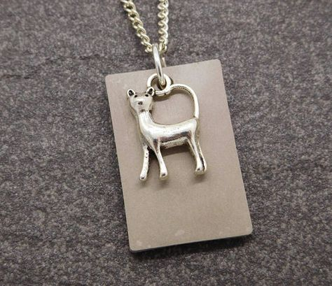 Concrete jewellery // Cat lover concrete necklace with a silver toned cat charm
