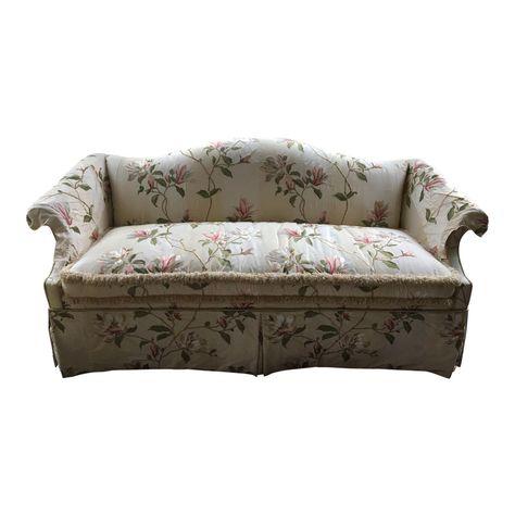 Love Seats Stoelen.Vintage Embroidered Silk Sofa Image 1 Of 9 Sofa Images Sofa