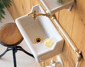 省スペース用の洗面ボウル 狭小トイレや廊下 玄関に人気の手洗い器