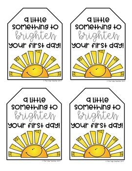 Free First Day of School Gift Tag - Lehrer Back To School Teacher, 1st Day Of School, School Staff, Beginning Of The School Year, Back To School Gifts For Kids, Teacher Gift Tags, Teacher Treats, Best Teacher Gifts, School Treats