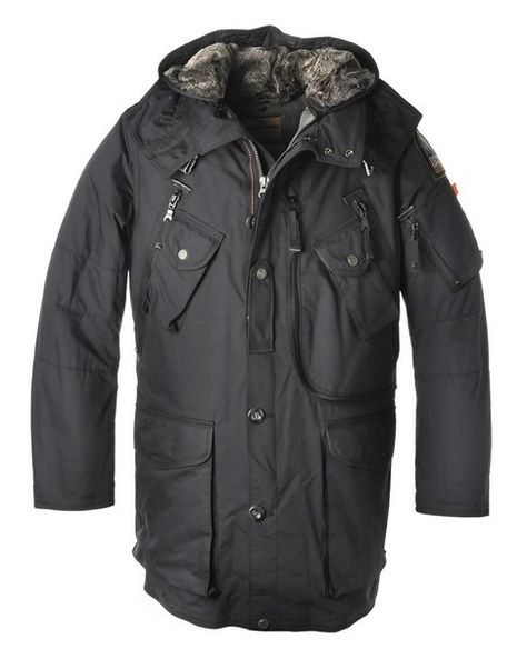 Parajumpers Adirondack-Man Jacket Black in Parajumpers Outlet online is designed with suitable length for exceptional mobility. It is made from high quality down which will protect you from coldness in the winter. At the same time, the Parajumpers Men's Jacket has a robust down fill-weight that has kept customers warm for decades. You will never regret to buy it.
