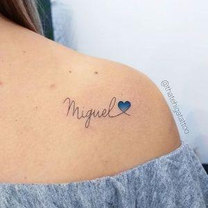 Pin En Tatuajes De Corazon Con Nombre