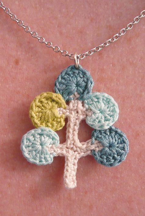 Mod Tree crochet pattern