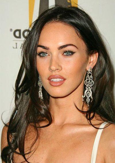 Megan Fox Eye Makeup In 2020 Honest Beauty Makeup Honest Beauty Beauty Hacks