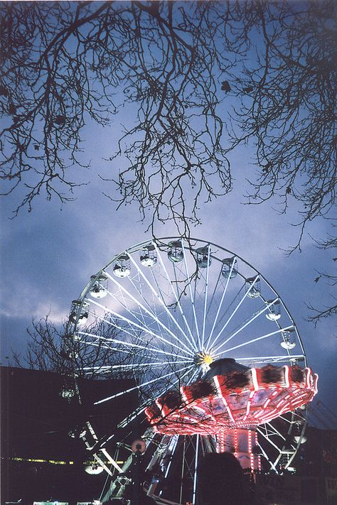 carnival rides at night | travel photography #adventure