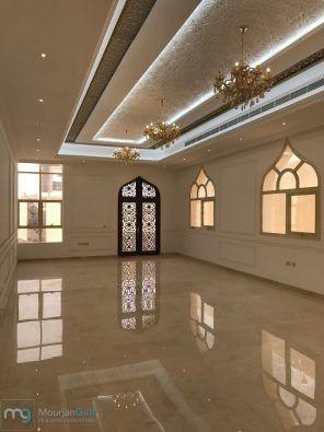 فيلا سوبر ديلوكس في مدينة الرياض 23 تتكون الفيلا من 7 غرف نوم ماستر 3 صالات مجلس مصعد 2 مطابخ تحضيرية ملحق خلفي يتكون من غرفة خادمة غرفة غسيل مطبخ