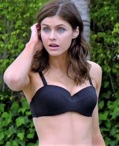Alexandra Daddario: Top 20 Interesting Facts about this Actress - Info Master News