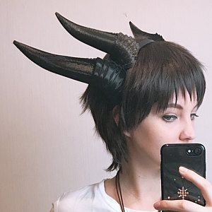 NEW ARRIVAL RAM horns headband printed cosplay comicon fantasy horns with ears option wow large black horned headband black ram horns Cosplay Horns, Cosplay Armor, Cosplay Diy, Cosplay Outfits, Cosplay Costumes, Diy Headband, Headbands, Cool Costumes, Halloween Costumes