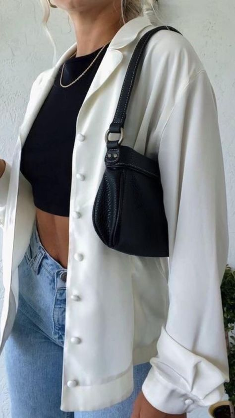 Outfit con camisas.