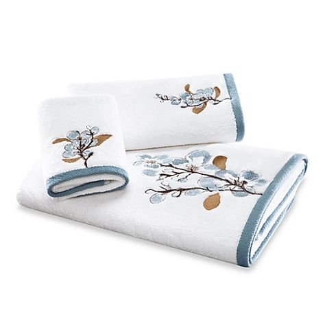 Art In Motion Hanami Fingertip Towel Bed Bath Beyond 13 99 Hand